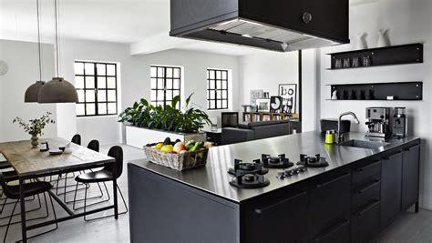 designer factory kitchens ett k 246 k i svart hemperspektiv 3216