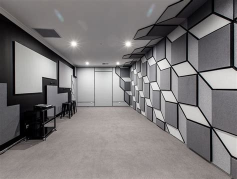 Bid Room Superfreak Rehearsal Studios With A Difference