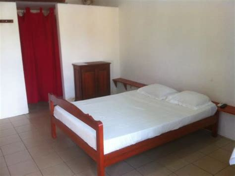 chambre familiale chambre familiale picture of hotel restotam toamasina
