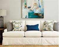 pillows for sofa Guide to Choosing Throw Pillows | How to Decorate