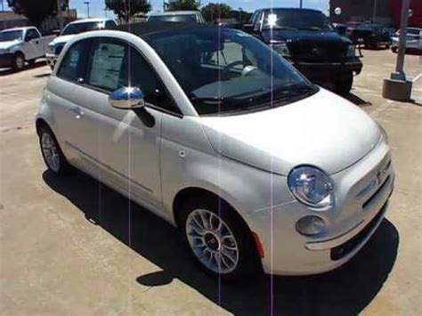 Fiat Lounge by 2012 Fiat 500c Lounge Start Up Exterior Interior Review