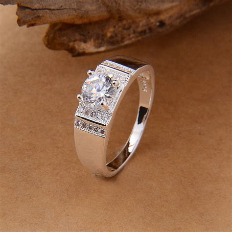 awesome difference between engagement ring and wedding ring home design inspiration and