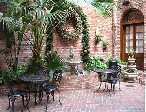 courtyard picture of quarter house resort new orleans