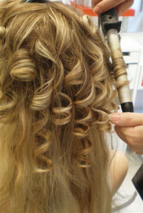 coiffure mariage cheveux longs boucles