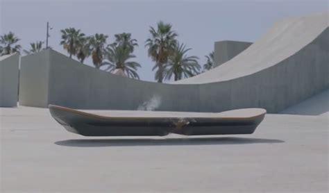 Skateboard Volante Le Skate Volant De Retour Vers Le Futur Bient 244 T En Magasin