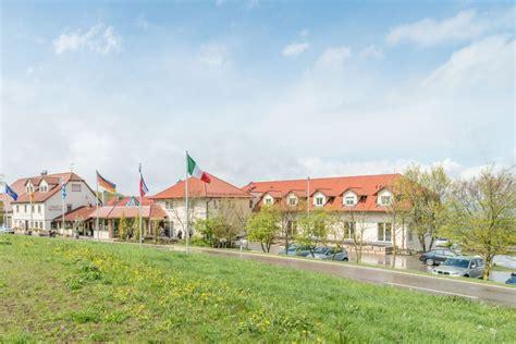 Landgasthof Hotel Deutsches Haus A8 Ulmstuttgart