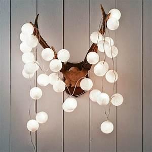 Petite Guirlande Lumineuse : beaucoup d 39 id es d co avec la guirlande lumineuse boule ~ Teatrodelosmanantiales.com Idées de Décoration