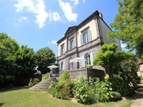 maison a vendre auvergne maison 224 vendre en auvergne puy de dome davayat superbe manoir du 19 232 me si 232 cle deux