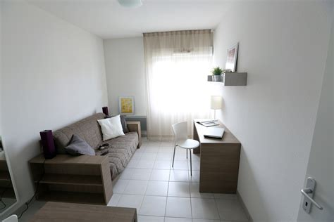 location d une chambre meubl馥 study o chambre 233 tudiant tours