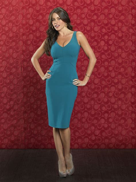 sofia vergara portraits for modern family season 2 hawtcelebs hawtcelebs