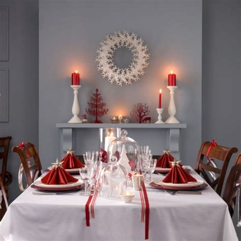 christmas decor for dining table 40 christmas decoration ideas in all shades of red digsdigs