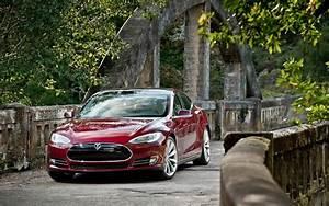 Tesla Model X Prix Ttc : tesla model s plus on reuse cause du prix de l 39 essence guide auto ~ Medecine-chirurgie-esthetiques.com Avis de Voitures