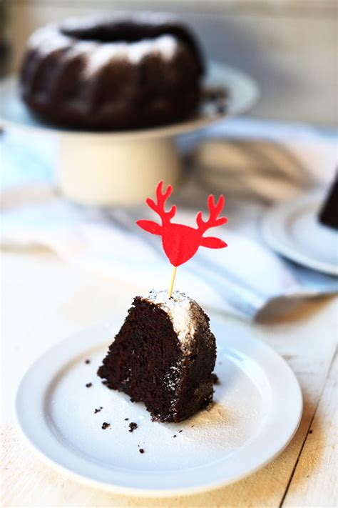 chocolate christmas oreo bundt cake  tortilla channel