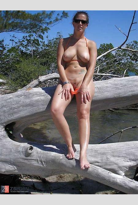 public upskirt nude - DATAWAV