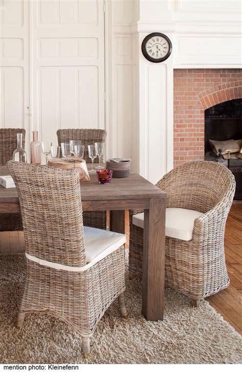 set de cuisine en rotin salle à manger en rotin kooboo gris chaise amélie kok