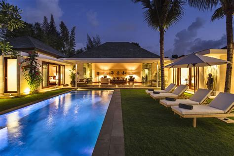 10 Gorgeous Villas Walking Distance To Seminyak Beach