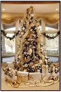 Luxurious Christmas Tree Decorating Ideas For School Decor Decorate A Designer Christmas Tree For Your Luxury Home Haute Living