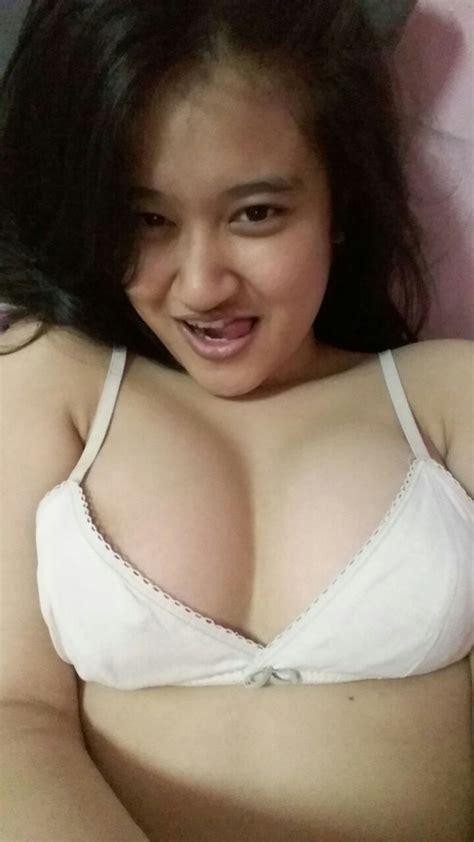Cewek Sange Montok Seksi Bugil Lagi Toket Gede Hot All