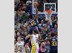 Watch Donovan Mitchell throws down ridiculous dunk R