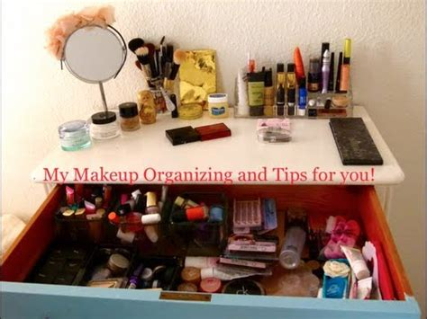 organize  makeup      house