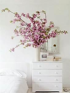 fleur de cerisier une decoration d39ambiance zen With chambre bébé design avec bouquet fleurs tropicales