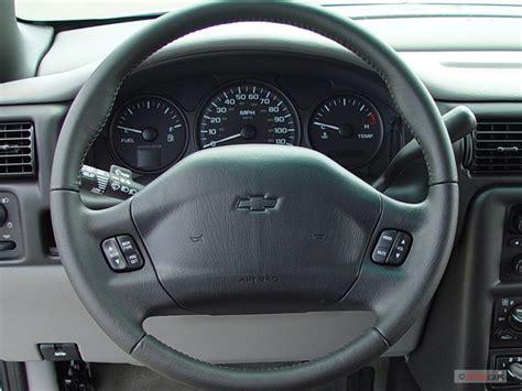 image  chevrolet venture ext wb  steering wheel