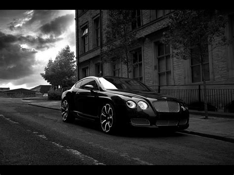 Black And White Cars 42 Background Wallpaper