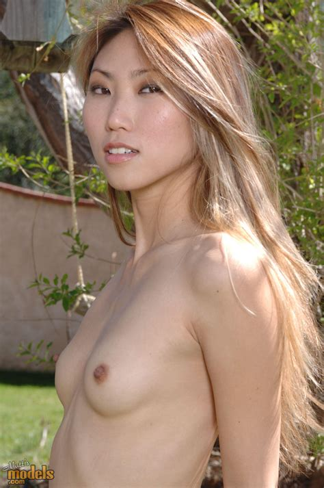 In Gallery Tiny Tits Rock More Tiny