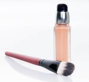 Make Up Für Reife Haut : make up f r reife trockene haut make up f r reife haut ~ Frokenaadalensverden.com Haus und Dekorationen