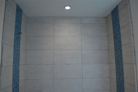 floor tile pattern straight  staggered