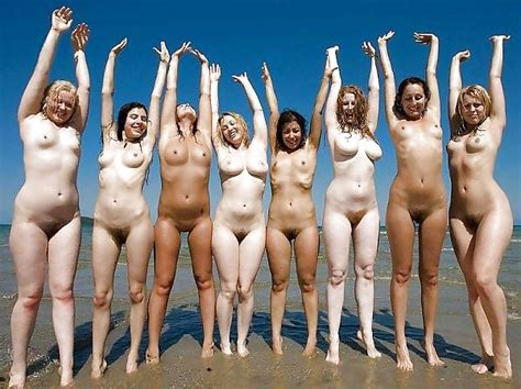 Natural Girls AW Shoot Group Of Nude Girls