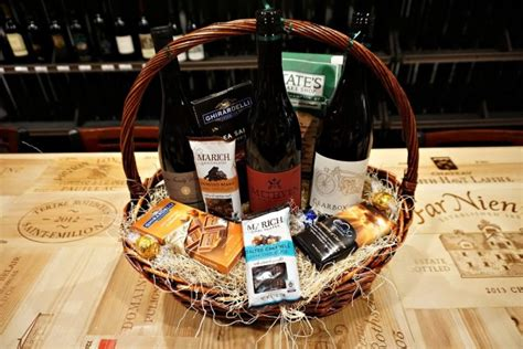 Pinot Noir And Chocolates Gift Basket Chan39s Wine World