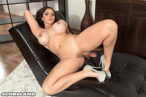 Busty Spanish Babe Alexandra Sivroskya Posing Nude Photos