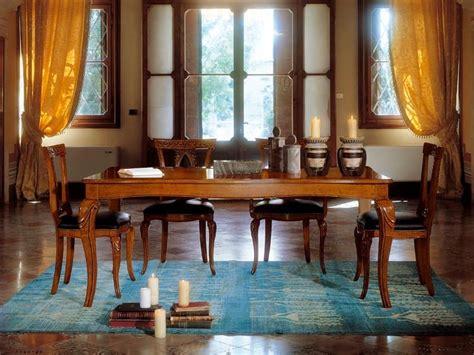 tavoli sala da pranzo allungabili tavolo allungabile in legno con gambe intarsiate idfdesign