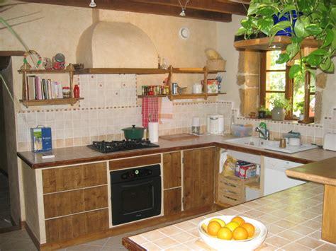 fabriquer une cuisine construire sa cuisine en bois il ne reste quu0027