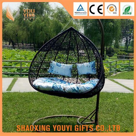 mobili da giardino in rattan appeso utilizzato egg chair