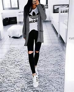 Outfits su00faper chic que puedes hacer con una playera Adidas   Modu0103 u021ainute u0219i Modu0103 femininu0103