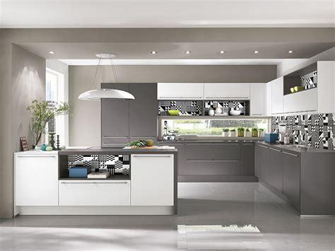 Moderne Küche Mit Kochinsel by K 252 Che Mit Kochinsel Wohnland Breitwieser