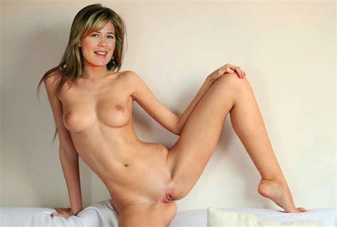 Celebrity Naked Pics Maura Tierney Naked Pics