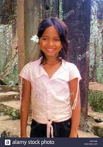 Pretty young Cambodian girl at Angkor Wat Stock Photo ...