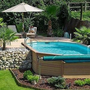 idee placement piscine outdoor pinterest piscines With amenagement paysager avec piscine creusee 10 les plus belles photos de piscines bois hors sol semi