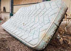 Alte Matratze Entsorgen : wie entsorgt man am besten eine alte matratze und schlafzimmerm bel ~ Watch28wear.com Haus und Dekorationen