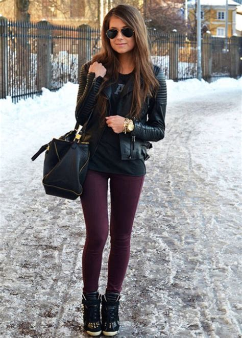 Fashion Tips Sneaker Wedges Outfits For Girls To Appear More Fashionable - InspirationSeek.com