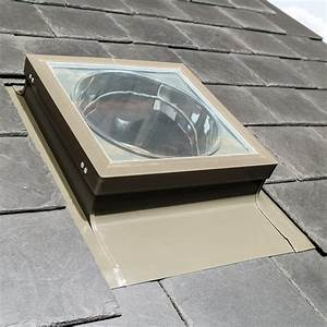 Velux Tageslicht Spot : fakro tageslicht spots im dachgewerk dachfenster shop ~ Frokenaadalensverden.com Haus und Dekorationen