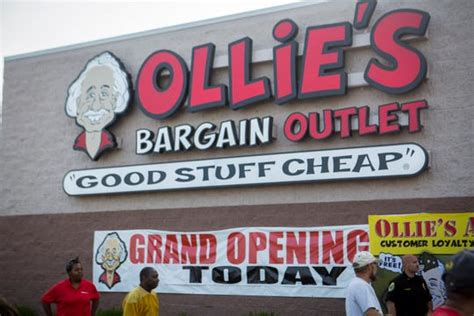 bargain outlet store moving  lafayettes  toys