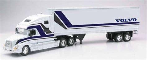 volvo toy truck vn    ray  die cast