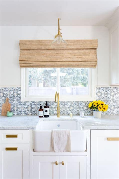 kitchen accessories in best 25 bright kitchens ideas on kitchens 4962