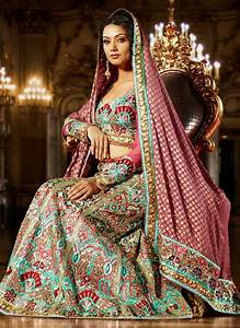 Best Traditional Indian Bridal Outfits | Super Creative Blog