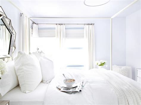 Hgtv Shows How To Make An All-white Room Beautiful And