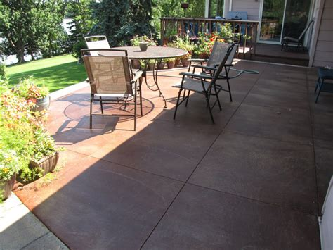 acid stain concrete patio color landscaping gardening